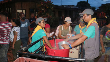 Adventist Church in North Colombia offers assistance to hundreds of families affected by floods