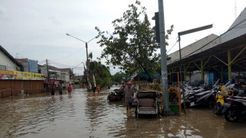 Adventist families among those affected by massive flooding in Indonesia